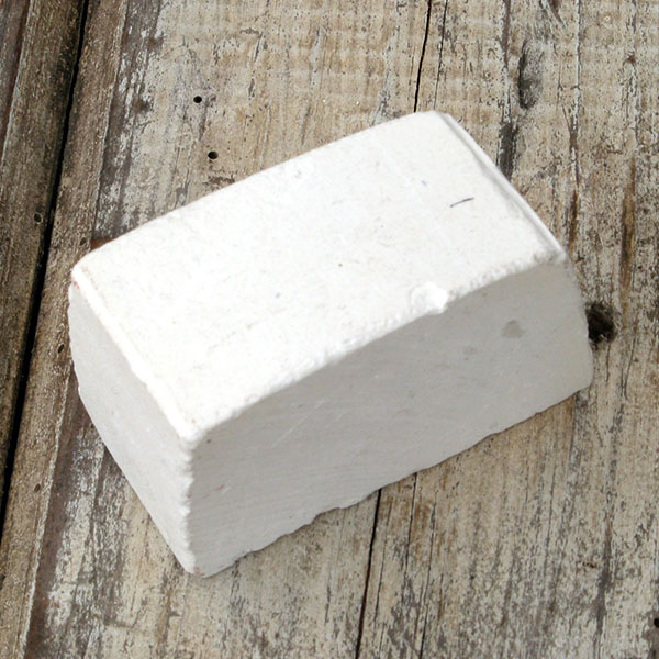 Fine white sharpening compound